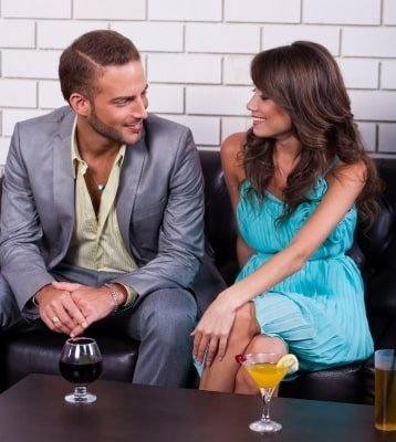 17 Safe Dating Tips For Young Women
