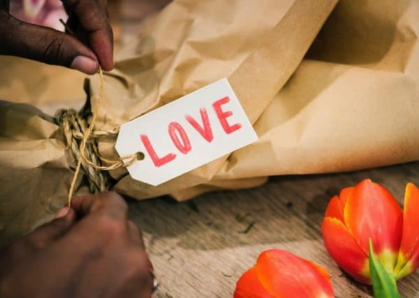 101  Romantic Ideas That Will Improve Your Love Life